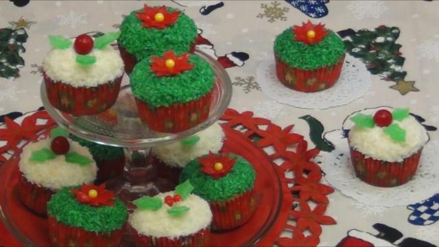 Cupcakes de Coco Navideños por Rosa Quintero